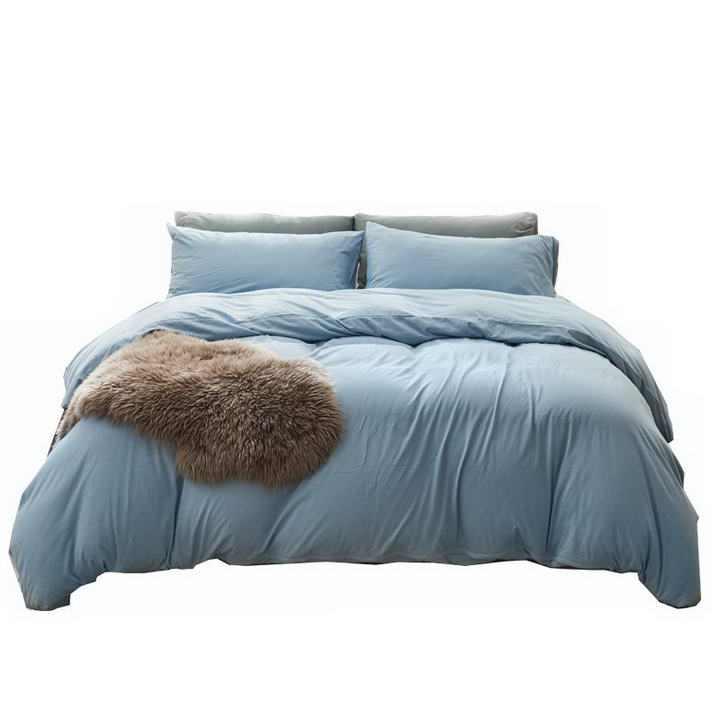盖着蓝色被子的床效果展示png图片透明背景免抠素材