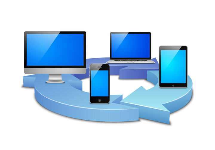 蓝色立体循环箭头上的电脑笔记本手机等图片免抠素材