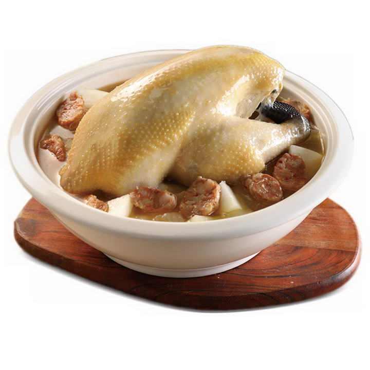 美味的香肠炖鸡汤美食图片免抠素材