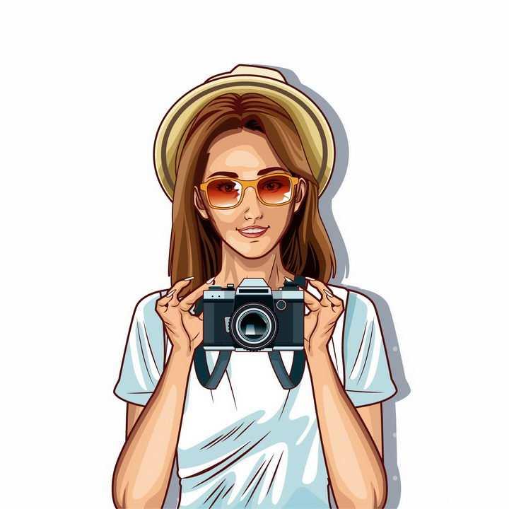 戴着草帽和墨镜拿着照相机拍照的漫画美女png图片免抠矢量素材