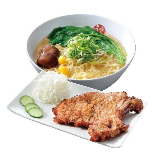 一块猪大排和香菇青菜面美食面条png图片免抠素材
