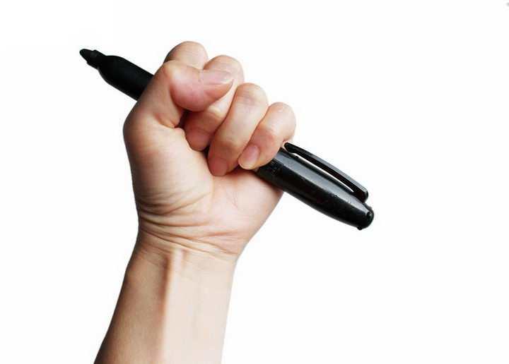 错误的握笔姿势png图片免抠素材