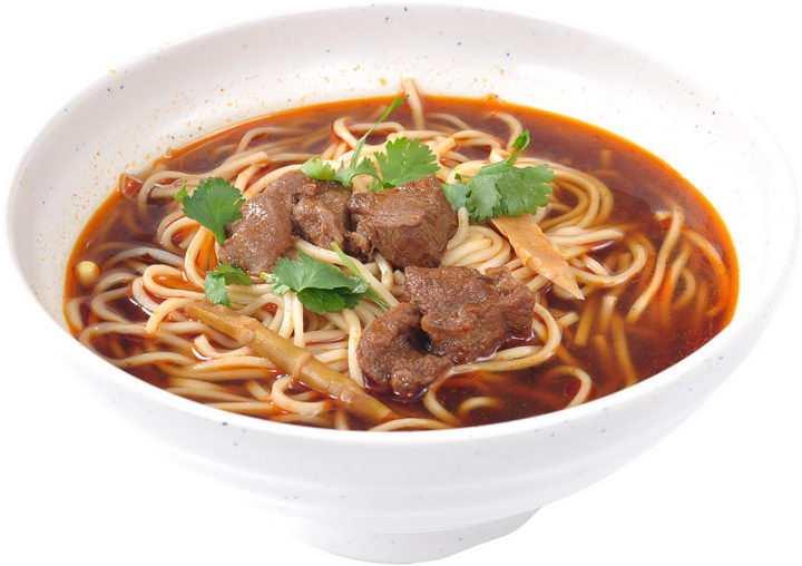 加了香菜的美味红烧牛肉面美食面条png图片免抠素材