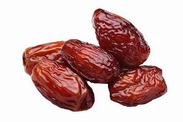 几颗红枣蜜枣美味美食png图片素材