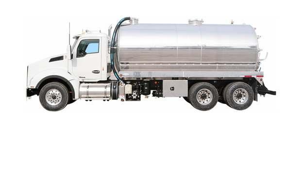 银白色槽罐车油罐车危险品运输卡车特种运输车642093png图片素材