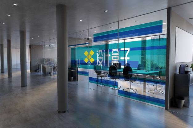 写字楼办公室玻璃墙隔断半透明贴纸画面psd样机图片模板素材 样机-第1张