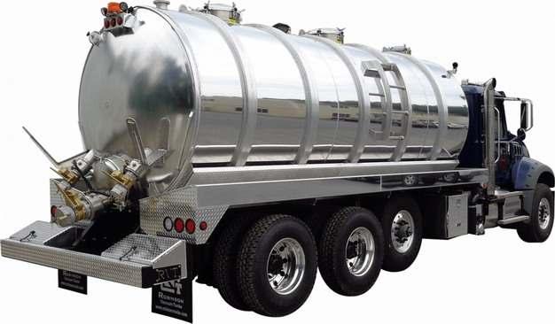 槽罐车油罐车危险品运输卡车后视图662898png图片素材