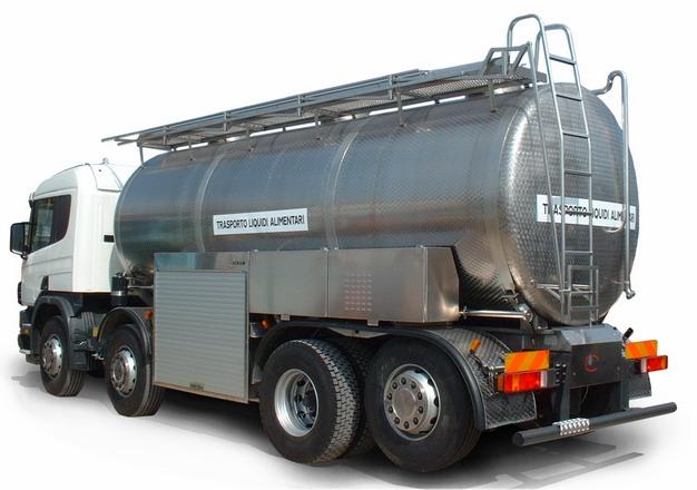 银灰色槽罐车油罐车危险品运输卡车侧后方视图515105png图片素材