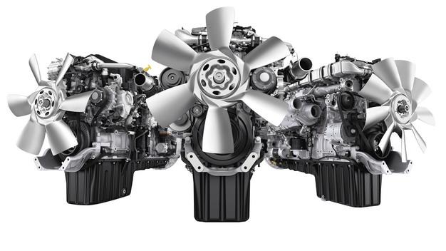 3台柴油发动机2085793png图片素材 工业农业-第1张