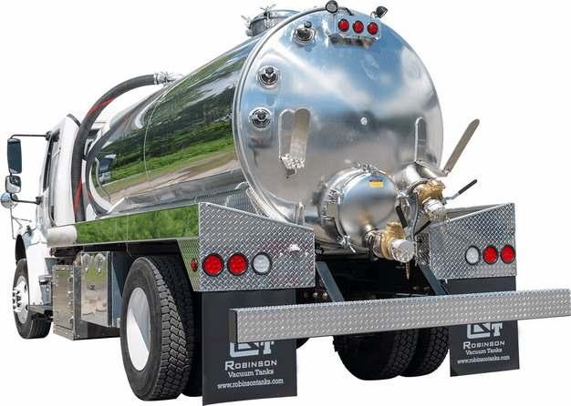 银色槽罐车油罐车危险品运输卡车后视图878320png图片素材
