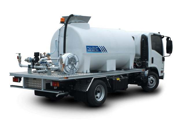 白色槽罐车油罐车危险品运输卡车特种运输车147604png图片素材