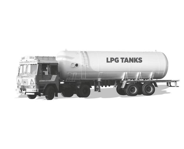 灰色的槽罐车油罐车危险品运输卡车977990png图片素材 交通运输-第1张