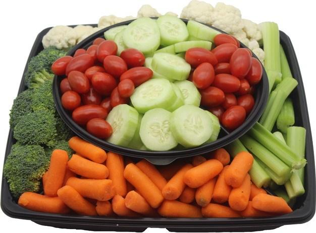 圣女果黄瓜西兰花芹菜花椰菜西兰花蔬菜拼盘442084 png图片素材 生活素材-第1张