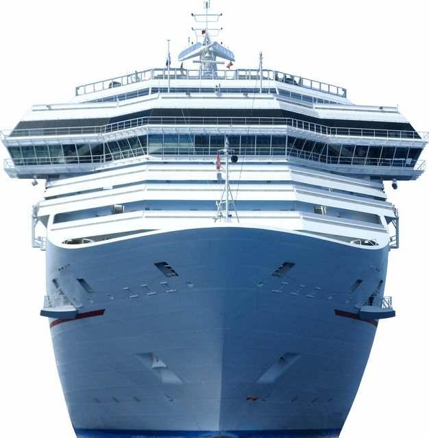 一艘游轮客轮豪华邮轮巨型轮船正面图616571png图片免抠素材