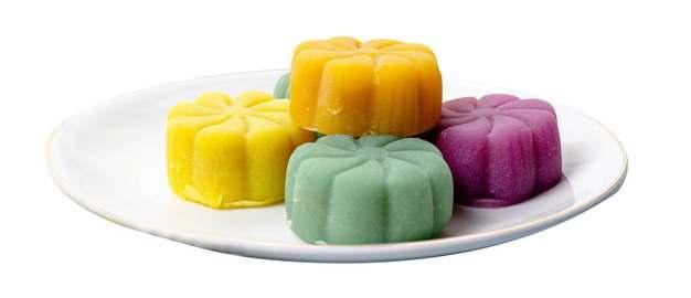 一盘彩色冰皮月饼844133png图片免抠素材