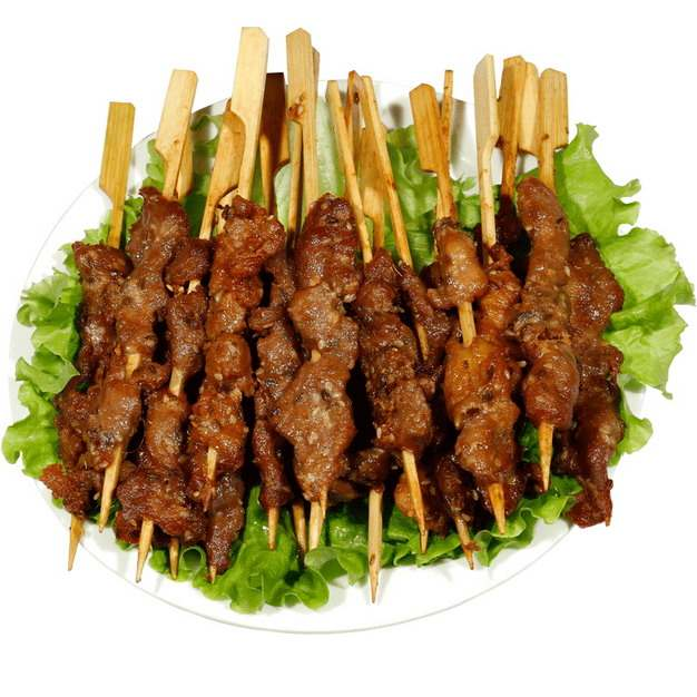 一盘烤羊肉串烧烤美食650230png图片素材