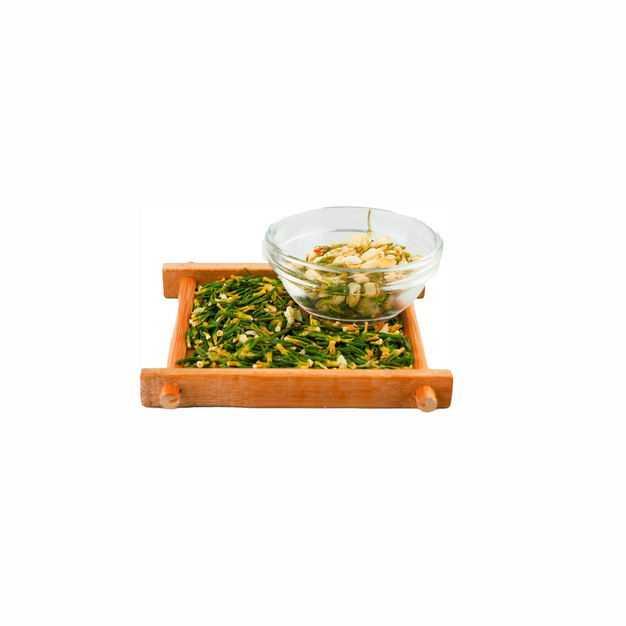 侧视角木头盘子中的葛花茶和玻璃碗中的茉莉花茶等养生花茶261049png图片免抠素材