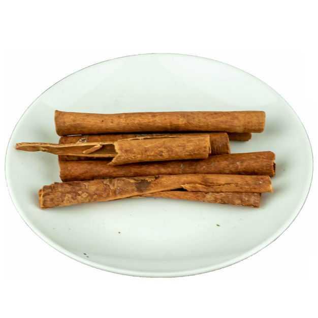 盘子中装着的桂皮调味品香料9106721png图片免抠素材