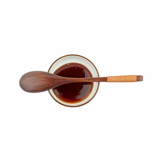 俯视视角小碗中的海天蚝油调味品和木头勺子647683png图片免抠素材
