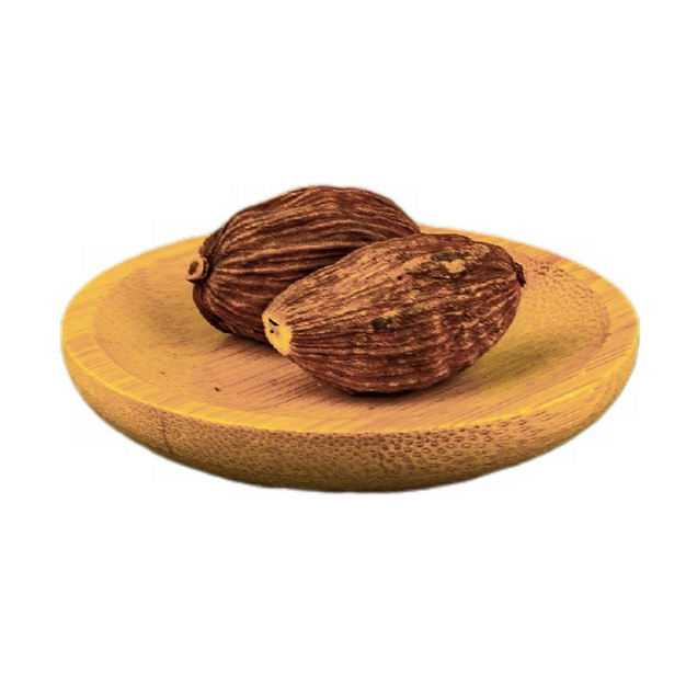 木盘子中装着的两颗草果香调味品香料1787478png图片免抠素材