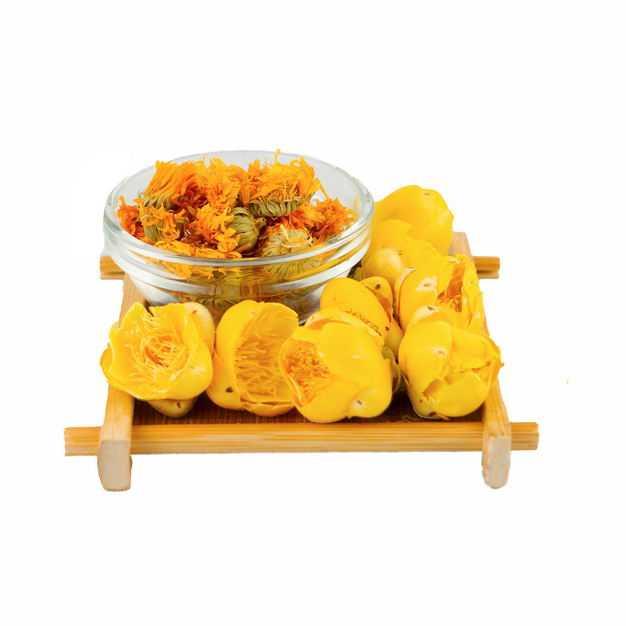 木头盘子中的黄色玫瑰花茶和玻璃碗中的金盏菊养生花茶691877png图片免抠素材