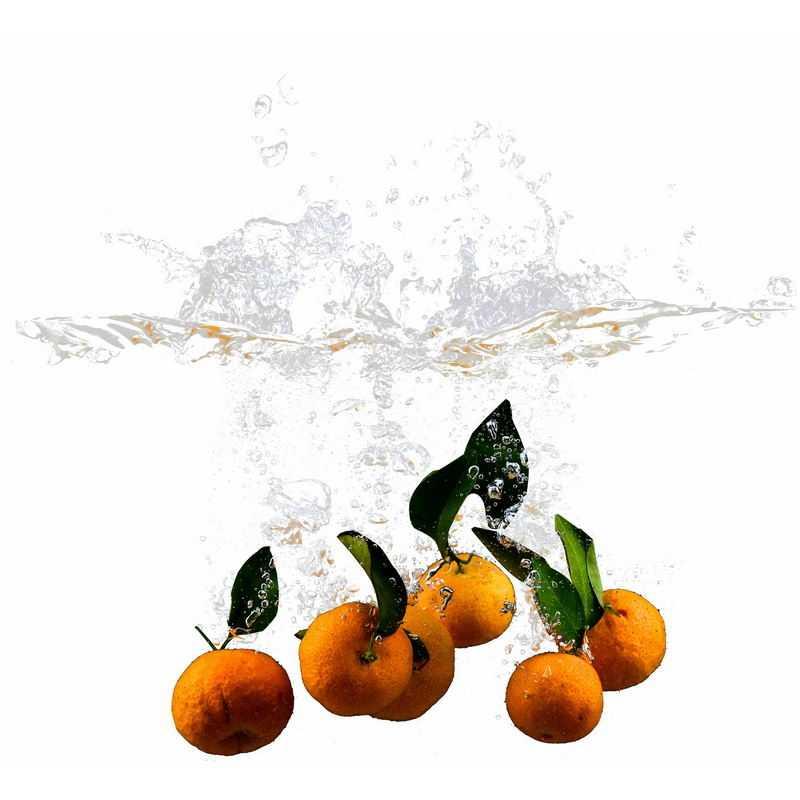 橘子掉落水中飞溅起来的半透明水花浪花水效果7392802png图片免抠素材