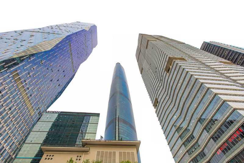 仰视视角的上海高楼大厦7671537png图片免抠素材