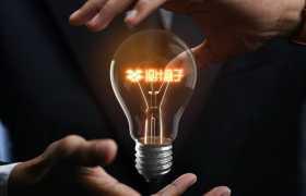 创意超酷双手悬浮的电灯泡和灯丝样机图案8011988图片素材