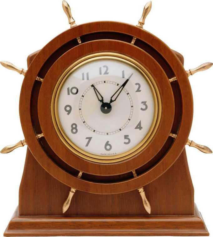一台木制外壳的老式复古风格钟表7345876png免抠图片素材