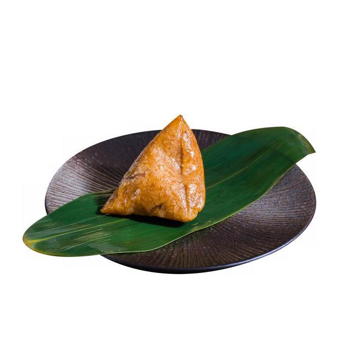 端午节盘子里粽叶上的肉粽子传统美味美食1391443png免抠图片素材 生活素材-第1张