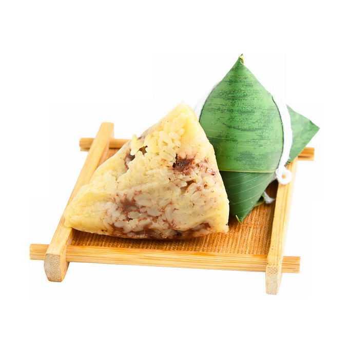 竹盘中的红豆沙粽子传统端午节美味美食9286065png免抠图片素材