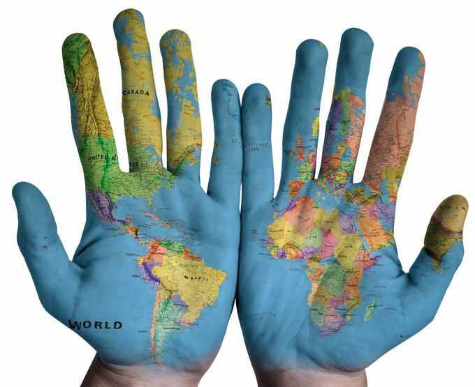 手掌上的世界地图图案2107544png免抠图片素材