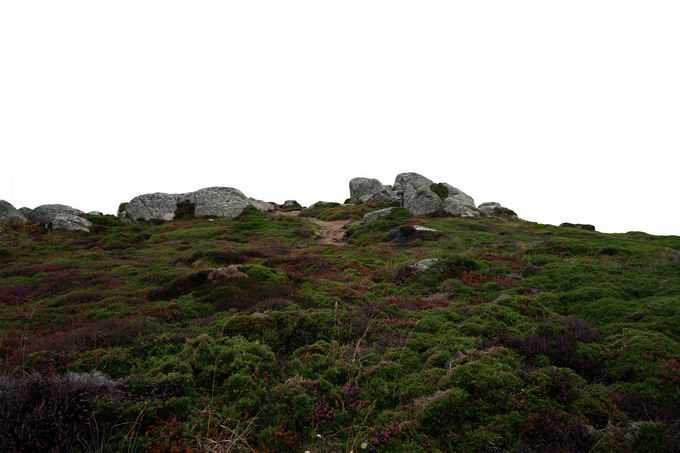 高山上的草甸草原和远处的石块8580013png免抠图片素材