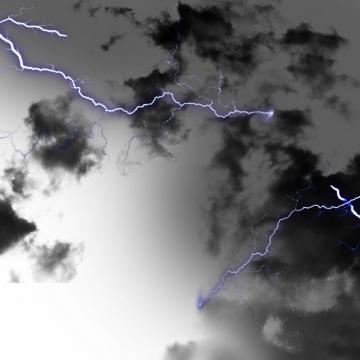 乌云里的闪电雷鸣电闪效果137213png图片素材