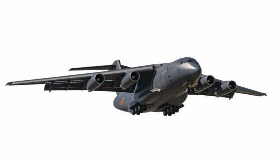 放下起落架准备降落的运20军用大型运输机透明png高清免抠图片