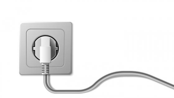 一款带电线的家用电器插座插头图片免抠素材